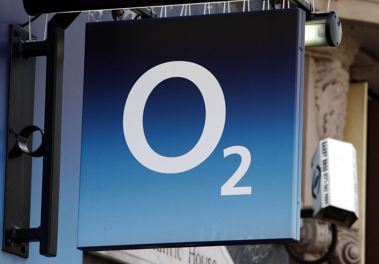 O2 to compensate customers over service outage UK News